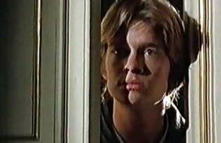 زیبایی نوجوان با یک الاغ بزرگ دانلود فیلم سکسی خفن خارجی fucks در با یک تولید کننده بر روی نیمکت سفید