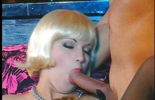 جوجه دارای موی سرخ می دهد کار ضربه به دو را cocks کانال تلگرام فیلم سکسی خفن به نوبه خود, زانو زدن