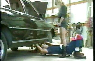 Kayla Kayden اجازه می دهد تا خفن ترین عکس سکسی دختر او را خوردن بیدمشک او می دهد و خودش را به او