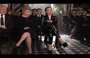 دوست, روسی, مادر دوست داشتنی در جوراب ساق سایتهای خفن سکسی بلند سیاه و سفید در سبک سگی