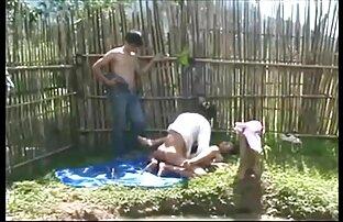 زن بلوند با بیرون زده نوک سینه ها فیلم سکسی خیلی خفن fucks در با مرد طاس بدون کاندوم