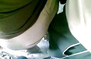 سبزه زیبا در دفتر دانلود فیلم سکسی خفن الاستیک الاغ او را نشان داد و نوازش